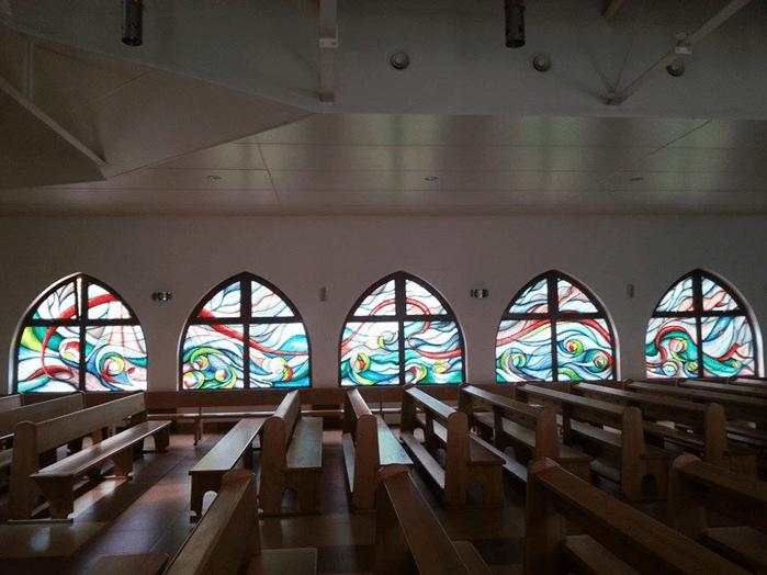 okienne witraże wkościele